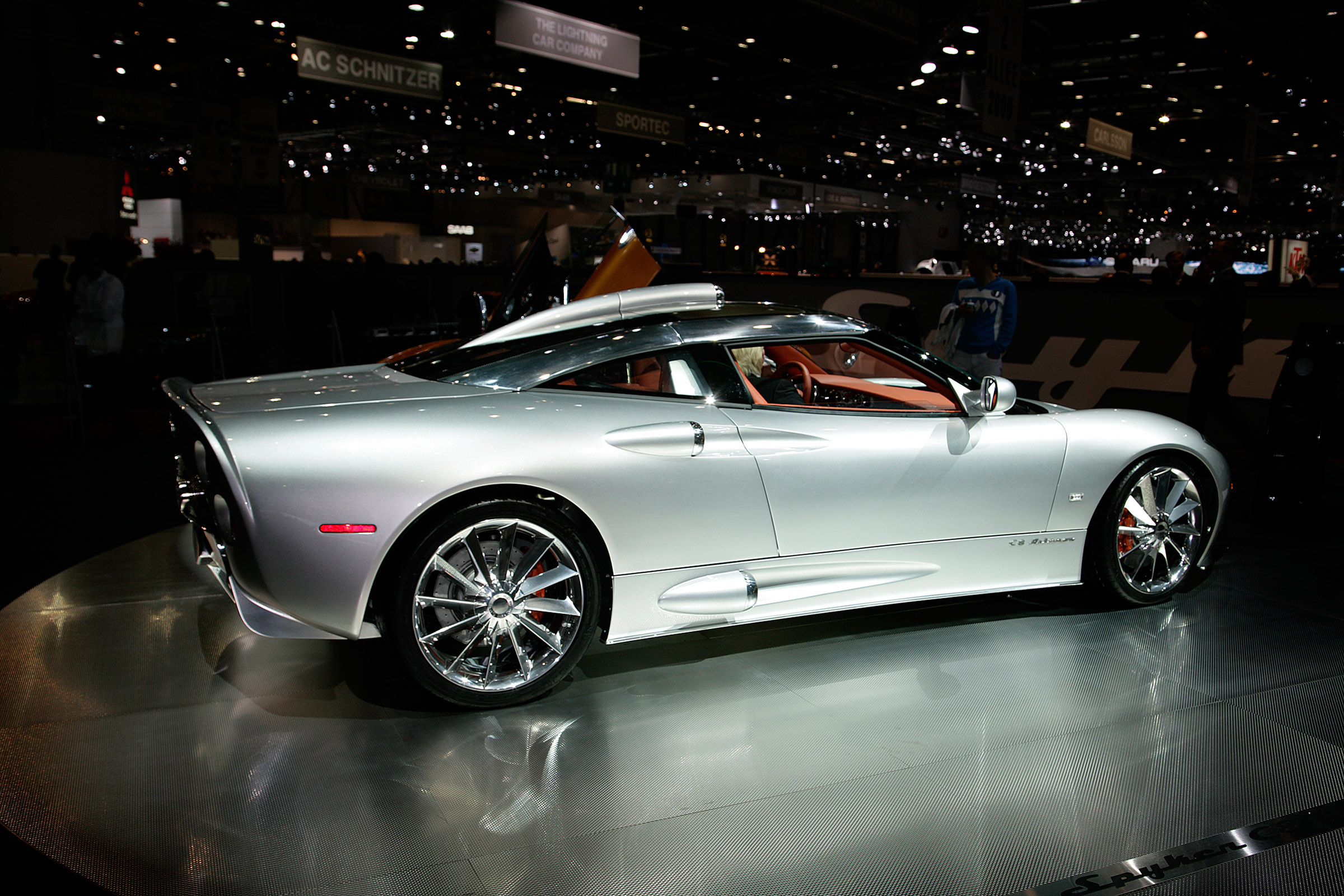 New Car Wallpaper Com Spyker Pictures Posters News And Videos On Your
