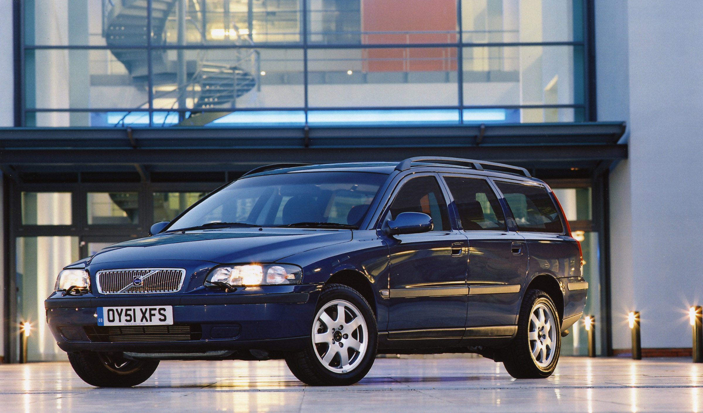 Download Cars Wallpapers For Mobile Volvo V70 2001 Picture 14179