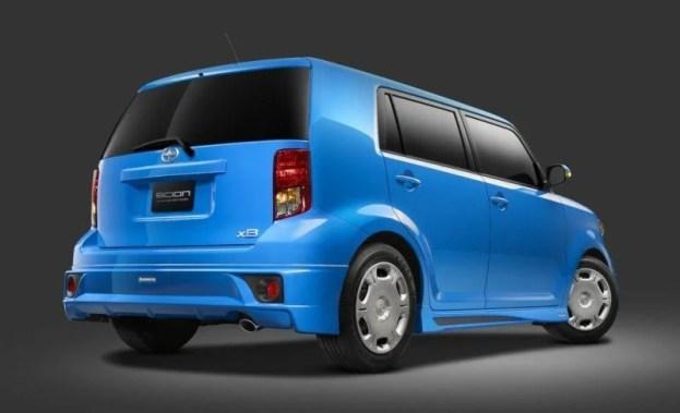 Scion xB RS 8.0 rear