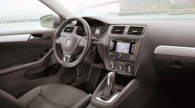 2011 VW Jetta SEL interior