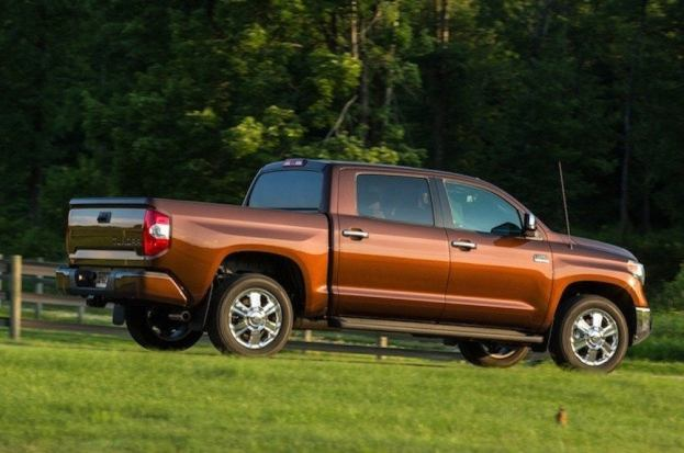 2014 Toyota Tundra side view