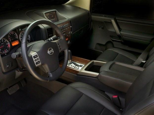 2014 Nissan Titan cabin