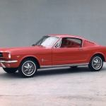 Pony Week: 1964.5 Ford Mustang vs. 1965 Ford Mustang