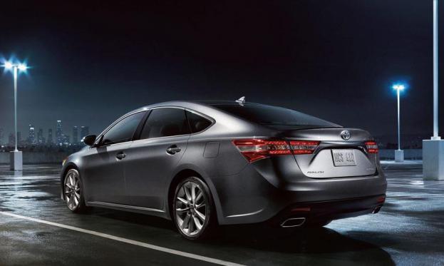 2014 Toyota Avalon rear