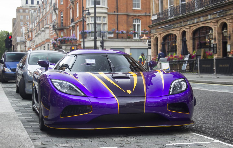 Ccx Car Wallpaper Purple Koenigsegg Agera R Zijin Spotted In London Streets