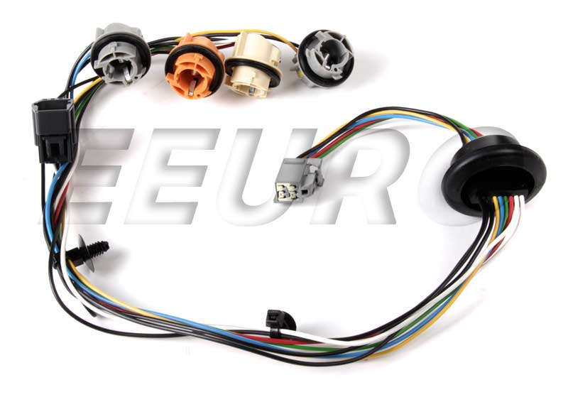 Volvo Tail Light Wiring Harness 30678273 eEuroparts®