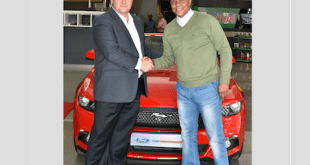 Doc.Khumali with Neale Hill, director marketing, sales & service, Ford Motor Company Sub-Saharan Africa (SSA) region at the ceremony