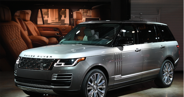 Range Rover SVAutobiography Shines at Los Angeles International Auto