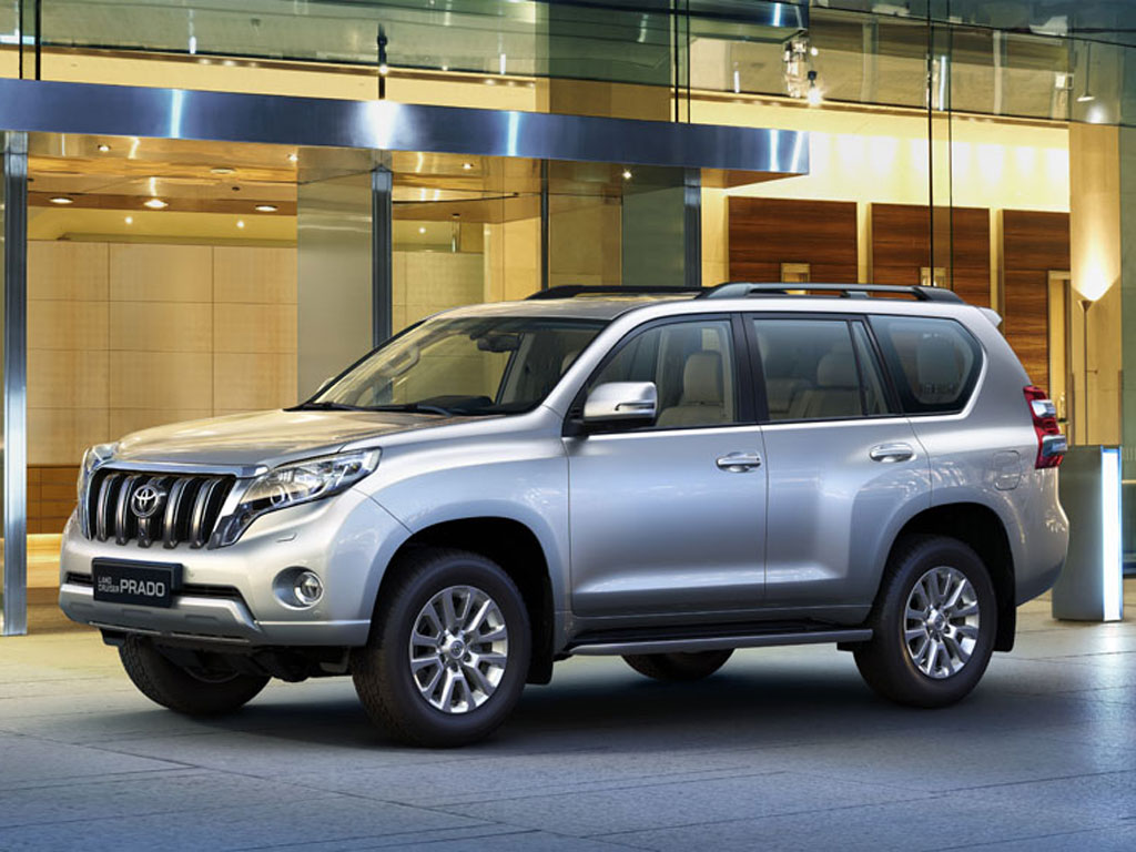 toyota launches the new land cruiser prado in india. Black Bedroom Furniture Sets. Home Design Ideas