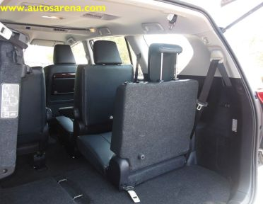 toyota innova crysta it s all about power luxury. Black Bedroom Furniture Sets. Home Design Ideas