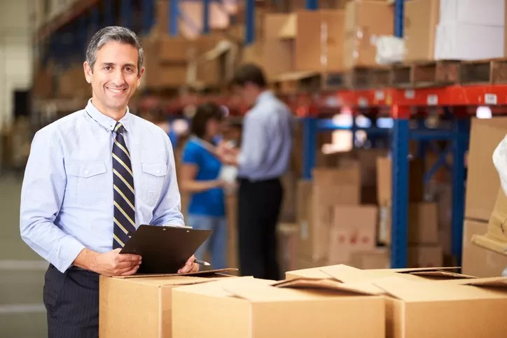 A Look at a Career as a Warehouse Manager for Students in Auto