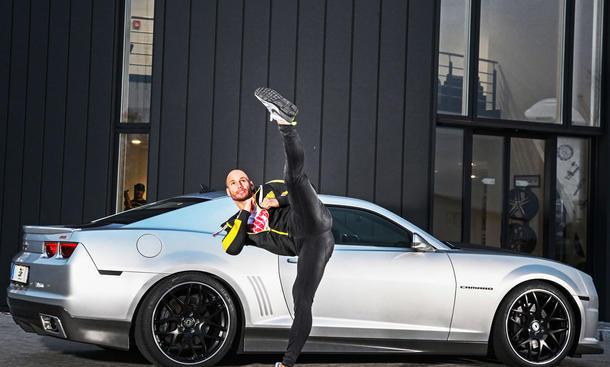 Flying Uwe fährt einen getunten Chevrolet Camaro | autozeitung.de
