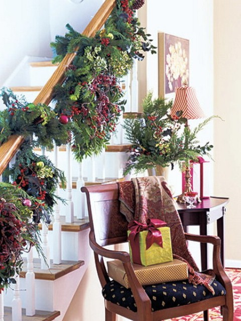30 Amazing Stairs Decoration Ideas For Christmas