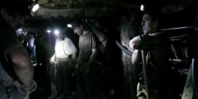 hunedoara-circa-300-de-mineri-de-la-vulcan-s-au-autoblocat-in-subteran-continua-protestul-si-la-mina-lonea-18529640