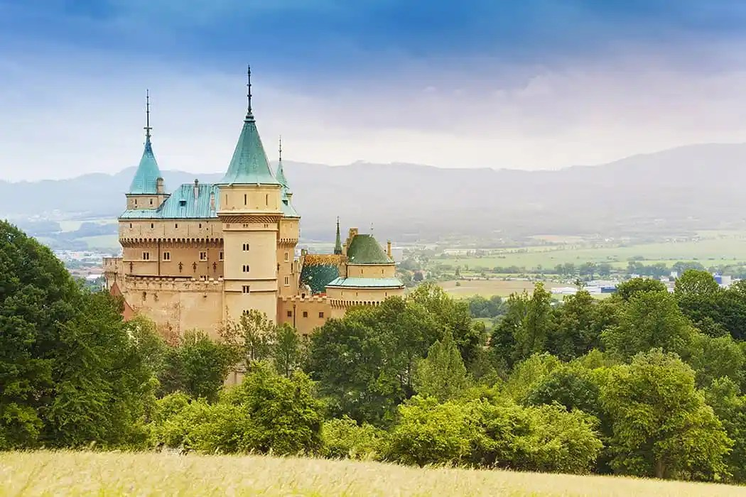 bigstock-Beautiful-Bojnice-Castle-51210862resize1