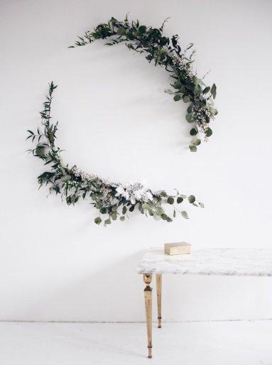 diy couronne de no l eucalyptus et ou sapin aventure d co. Black Bedroom Furniture Sets. Home Design Ideas