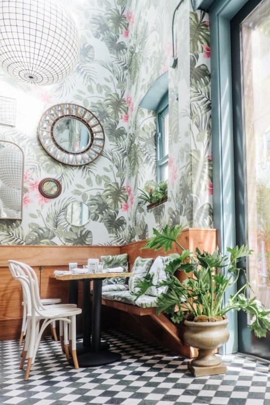 Tendance : flower power sur vos murs