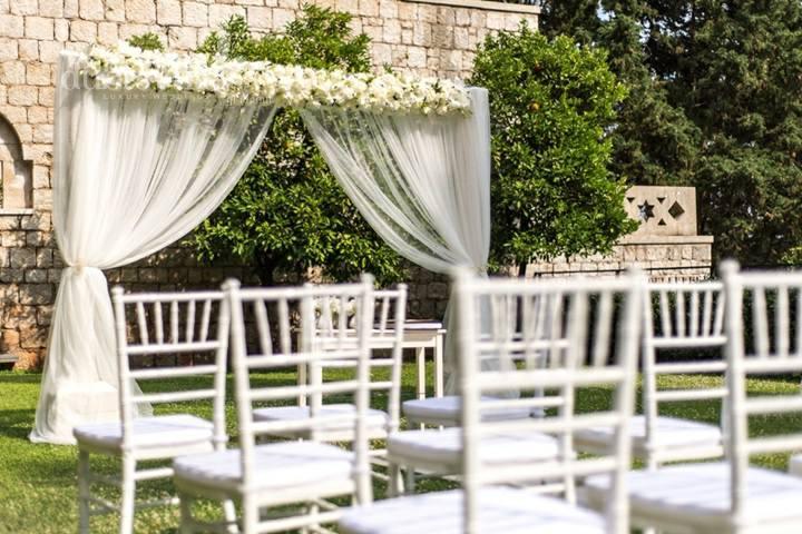 White Wooden Chiavari Chairs Sillas Tiffany De Madera Blancas