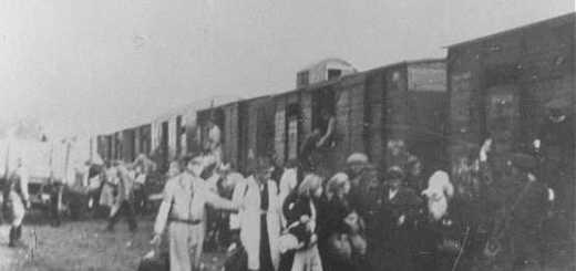 Yahudilerin Varşova gettosundan sürülmeleri. Varşova, Polonya, 1943 — Instytut Pamieci Narodowej