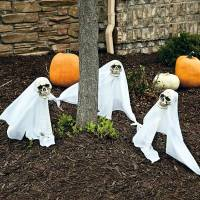 Halloween Party Decoration in garden | Interior Design ...