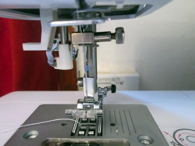 how to fix a jammed sewing machine