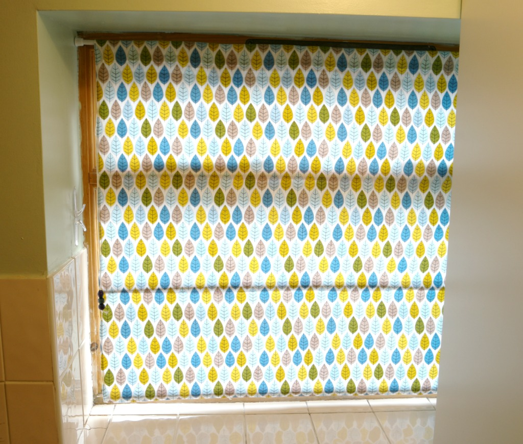 How to make roman curtains