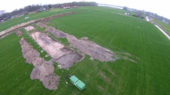 Luchtfoto opgraving (foto: Martin van Rijn)