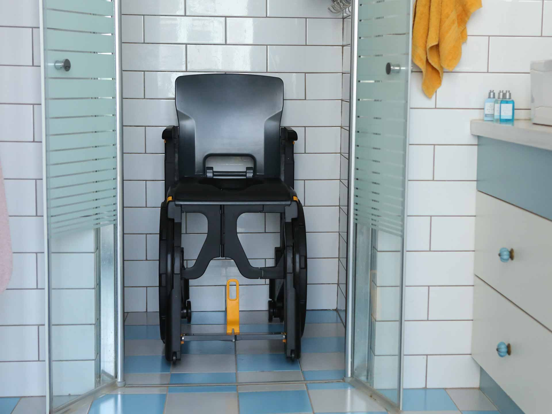 Toilet Chairs For Disabled - Lovingheartdesigns