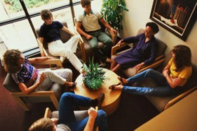 Жизнь напоказ или В чем отличие терапии в группе от индивидуальной терапии