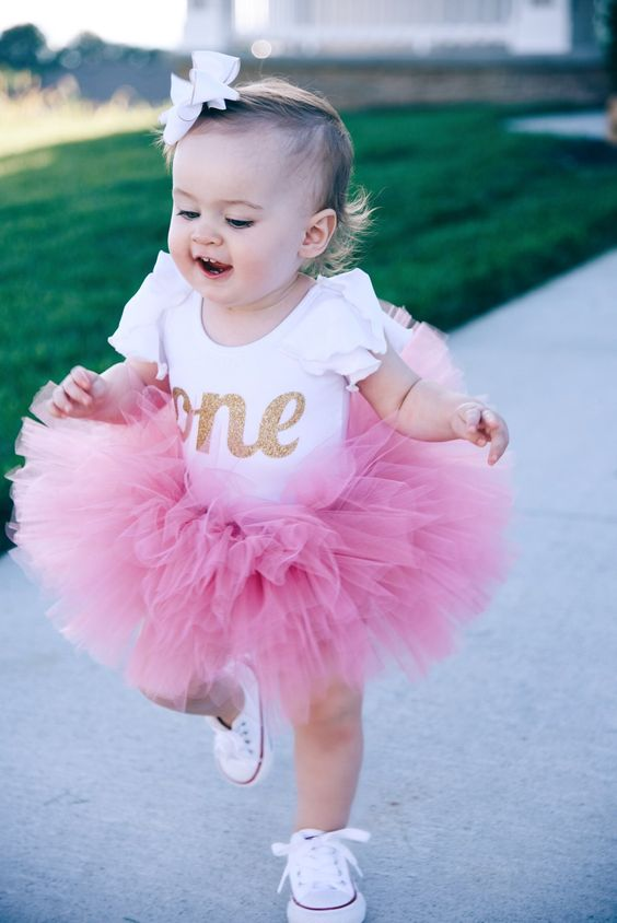 beautiful first birthday girl outfits