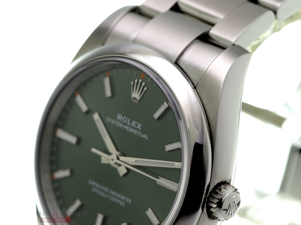 Rolex Oyster Perpetual Ref 114200 Stainless Steel Box
