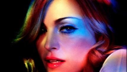 Madonna-madonna-31045850-430-351