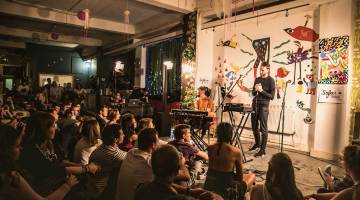 HONNE at Sofar Sounds London. Photo by Kamila Drobinska.