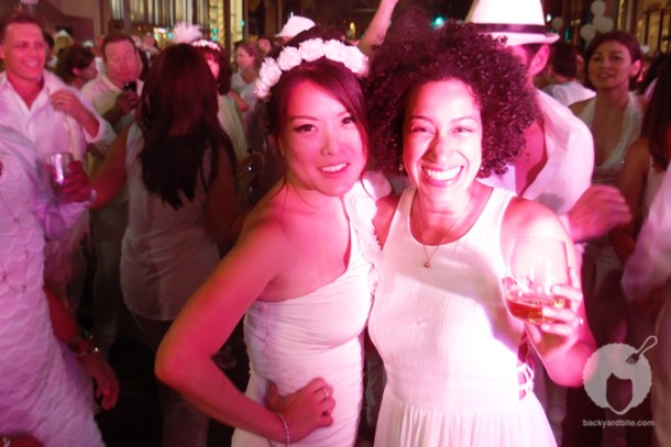 @JenniHwang and @backyardbite strike a pose at Dîner en Blanc on Rodeo Drive, Beverly Hills CA