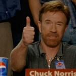 Chuck Norris regala calci rotanti a tutti per il suo compleanno