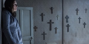 conjuring 2 banner