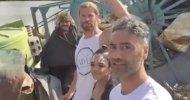 Thor: Ragnarok, Taika Waititi e Chris Hemsworth svelano nuovi dettagli in diretta Facebook