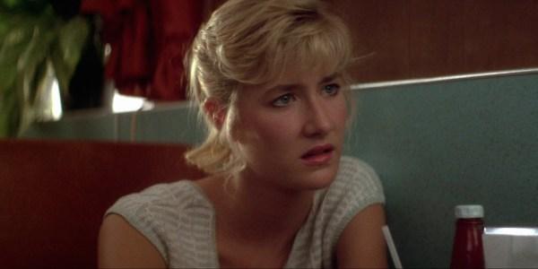 Velluto-Blu.1986.720.BluRay.x264.SlCrEw17-16-02