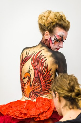 An amazing phoenix back painting.