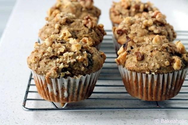 Sugar-Free Banana Muffins / bakeaholic.ca