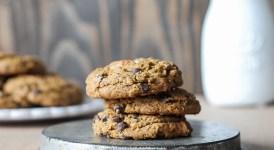 Flourless Almond Butter Chocolate Chip Cookies