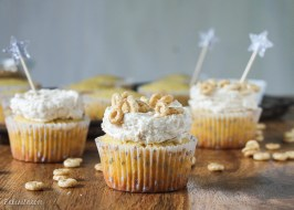Honey Nut Cheerio Cupcakes