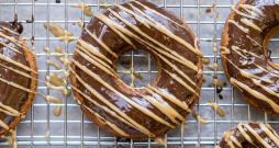 Baked Peanut Butter Banana Donuts with Chocolate Peanut Butter Glaze (Gluten Free + Vegan)