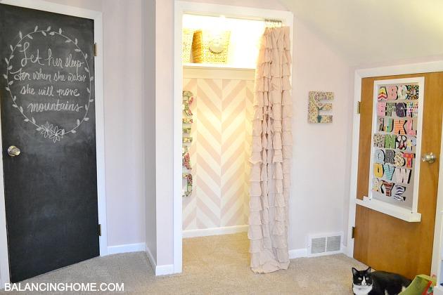 Big Girl Room Doors & Diy Magnet Board - Balancing Home
