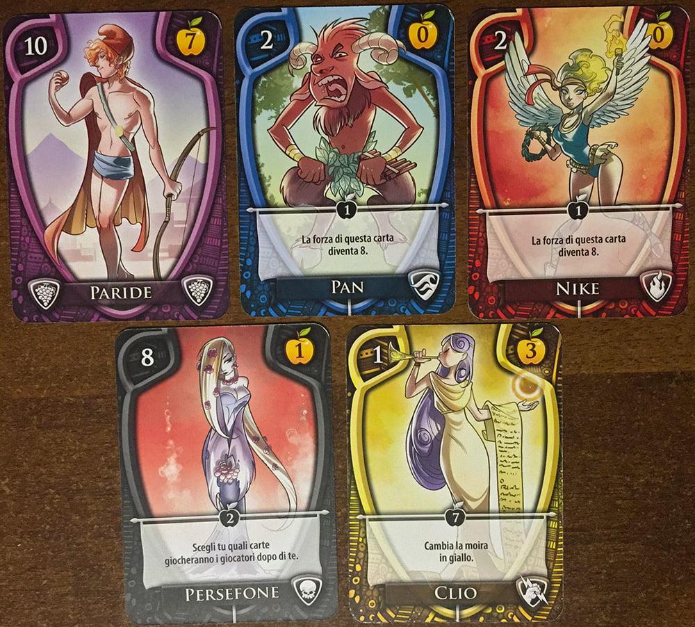 I cinque semi in gioco (ognuno ha una cornice di colore diverso, che ne facilita l'identificazione).