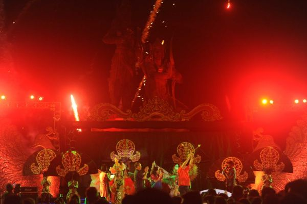 Pesona Mandiri Nusa Dua Fiesta Berakhir