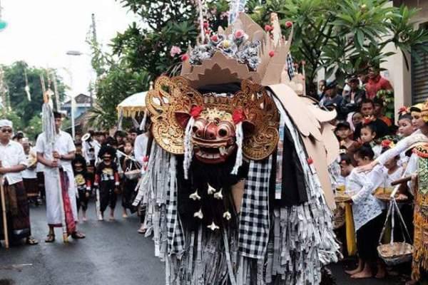 Parade Ngelawang Wujudkan Seni dan Budaya