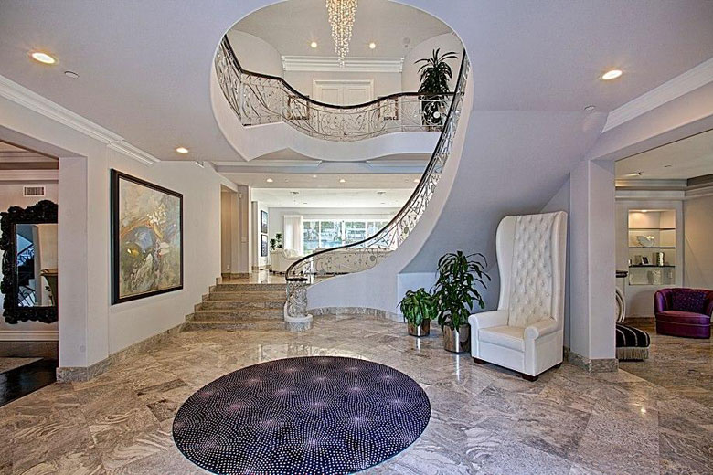 Inside Manny Pacquiao S Beverly Hills Mansion