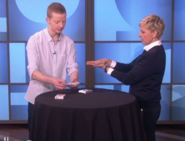 Andrew Kelly Amazes With Cards Tricks On 'Ellen'