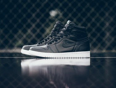 Air Jordan 1 Retro High OG - Cyber Monday